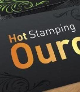 Carão de visita preto letra em hot stamping dourado