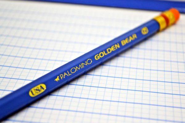 Lápis detalhe marca hot stamping ouro